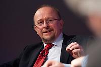 12 JAN 2010, KOELN/GERMANY:<br /> Axel Schaefer, MdB, SPD, Diskussion &quot;Das Europaeische Parlament - gestaerkt durch den Lissabon-Vertrag?&quot;, dbb Jahrestagung &quot;Europa nach Lissabon - Fit fuer die Zukunft?&quot;, Messe Koeln<br /> IMAGE: 20100112-01-105<br /> KEYWORDS: Axel Sch&auml;fer