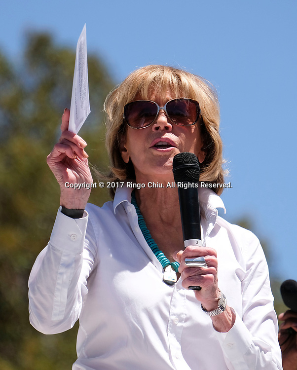 Actress Jane Fonda speaks before the &quot;People's Climate March&quot; a climate change awareness march and rally, in Los Angeles, Saturday, April 29, 2017. The gathering was among many others of its kind held nationwide marking President Donald Trump's 100th day in office.(Photo by Ringo Chiu/PHOTOFORMULA.com)<br /> <br /> Usage Notes: This content is intended for editorial use only. For other uses, additional clearances may be required.