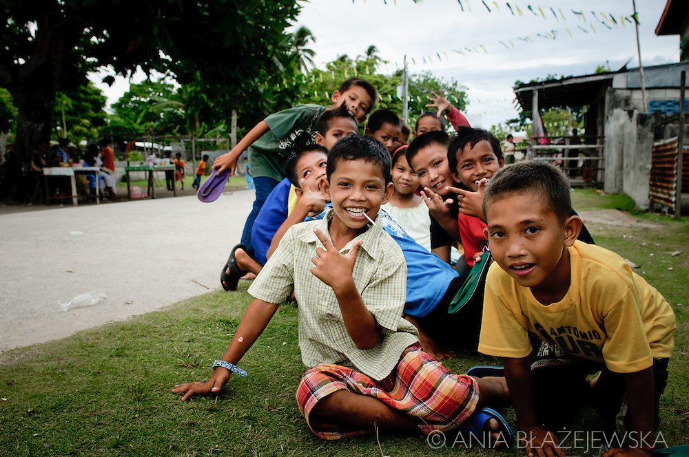 Philippines, Tawi Tawi. Children from Simunul Island, the place where islam was introduced to the Philippines.