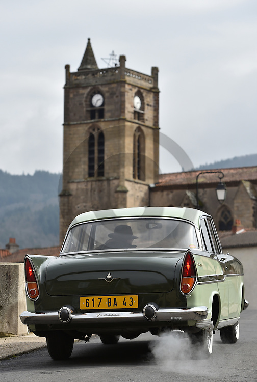 17/03/16 - LAVOUTE CHILHAC - HAUTE LOIRE - FRANCE - Essais SIMCA Chambord de 1958 - Photo Jerome CHABANNE