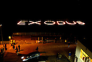 UK, Margate. The completion and burning of Antony Gormley's Waste Man as part of the Exodus Festival and 'Exodus Day' film in Margate in Kent. 'Exodus Day' is a film commissioned and produced by Art Angle and written and directed by Penny Woolcock..Photo shows the end of 'Exodus Day' on the beach..Photo©Steve Forrest/Workers Photos