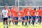 ROTTERDAM - Eerste training met Dirk Kuyt , voetbal , seizoen 2015/2016 , Sportcomplex Varkenoord , 02-07-2015 , Dirk Kuyt komt voor het eerst aan op het veld en bedankt de supporters