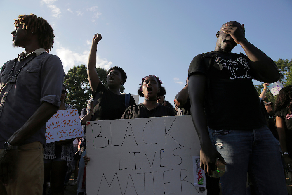 Demonstrators with Black Lives Matter rally during a protest in front of the White House in Washington, U.S., July 8, 2016.  REUTERS/Joshua Roberts