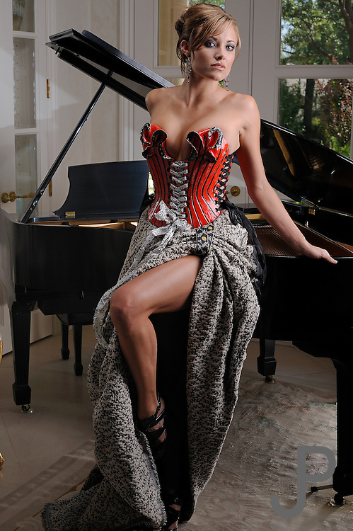 Talor Reazin in Nicole Moen ceramic corset