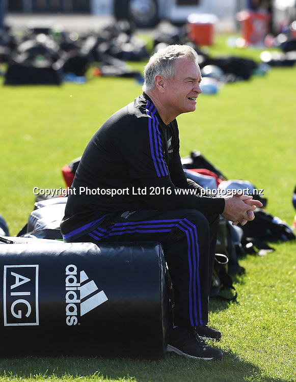 Former All Black and current selector Grant Fox during an All Blacks rugby training session at Toyota Park in Chicago, USA. Tuesday 1 November 2016. © Copyright Photo: Andrew Cornaga / www.Photosport.nz