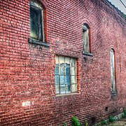 Storebuilding in Mt Vernon, Missouri, done in HDR.