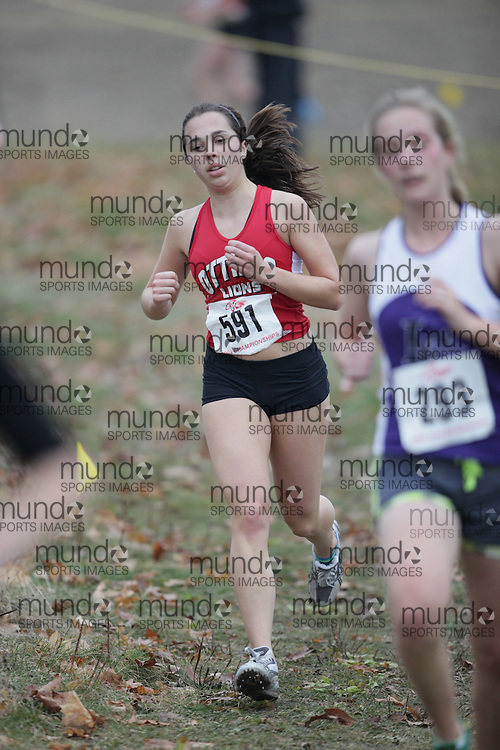 King City, Ontario ---09-11-15--- Clara Moore of the Ottawa Lions Track & Field Clu competes at the Athletics Ontario Cross Country Championships in King City, Ontario, November 16, 2009..GEOFF ROBINS Mundo Sport Images