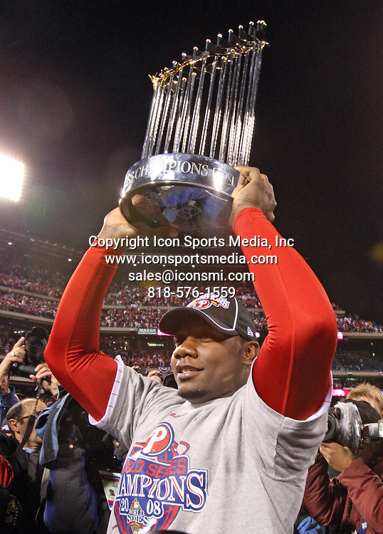 October 29, 2008 - Philadelphia, Pennsylvania, USA - RYAN HOWARD with the World Series Trophy after the game. The Philadelphia Phillies host the Tampa Bay Rays in game 5 part 2 of The World Series at Citizen's Bank Park, Wednesday