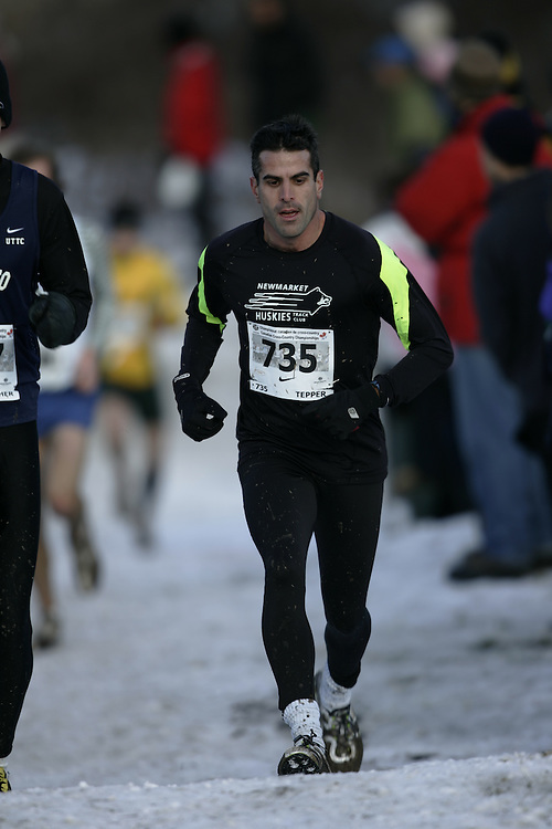 Guelph, Ontario ---29/11/08---  DAVID TEPPER runs the senior mens race at the 2008 AGSI Canadian Cross Country Nationals in Guelph, Ontario November 29, 2008..GEOFF ROBINS Mundo Sport Images