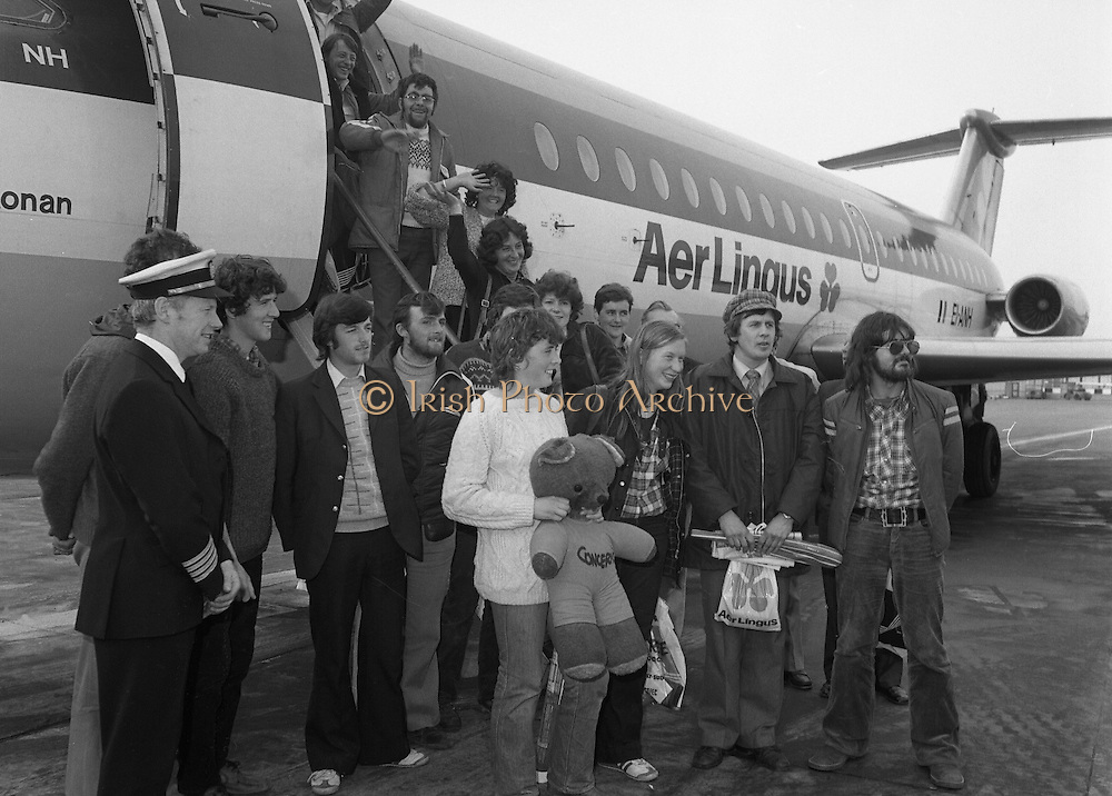 24/02/1979.02/24/1979.24th February 1979. Photograph of the group of 15 walkers who left Cork to walk to Rome in aid of charity returning to Ireland. They walked for 54 days to Rome in aid of charity.