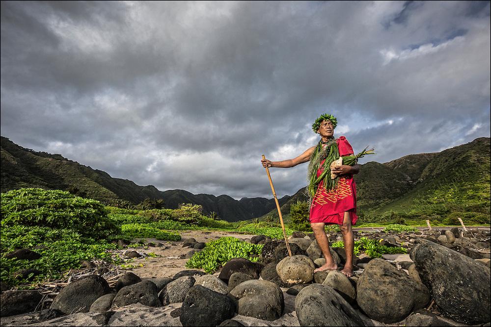 Anakala Pilipo Solatorio stands at the gateway to Halawa Valley on Molokai. ©PF Bentley