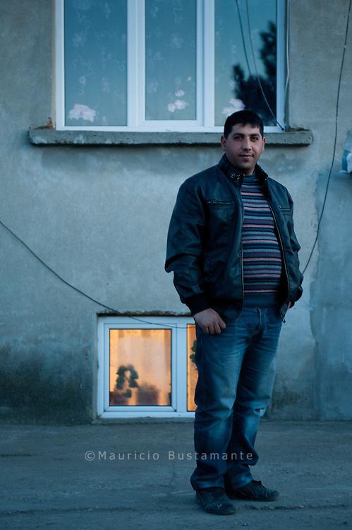 Hansel, 28, war in Wilhelmsburg und lebt jetzt wieder in Silo Pole