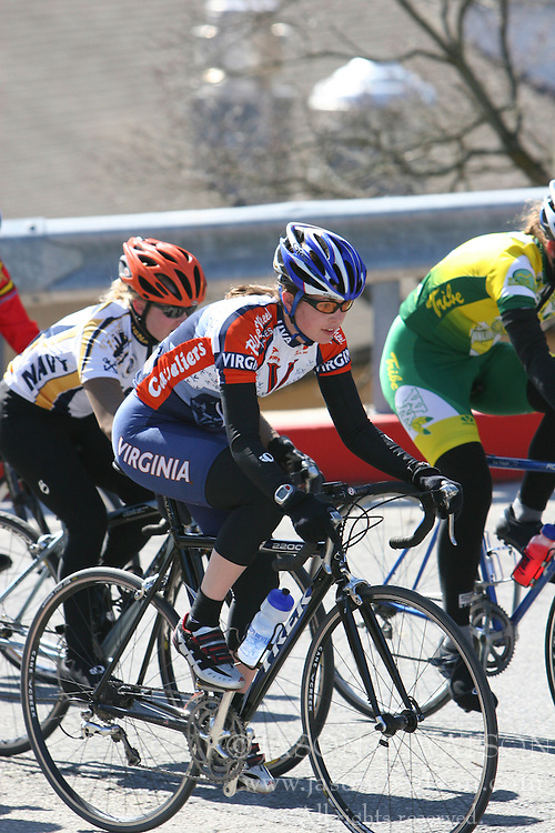 Cate McLean rides in the Women's A race in the 2006 Navy Criterium.