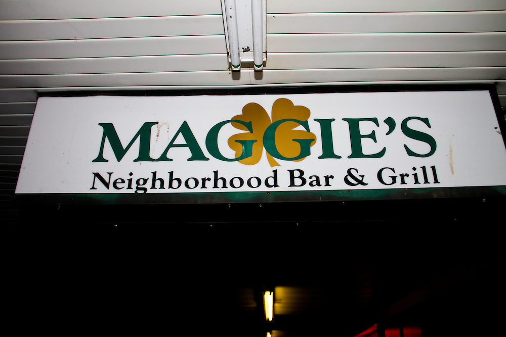 The Emory End-of-Rush party at Maggie's.<br /> <br /> January 28, 2012.<br /> <br /> Photos property of Eric Cash. All rights reserved. Do not use images from this site without expressed permission from Eric Cash or Shift-4 Photography.<br /> <br /> For all booking, purchasing, or licensing information, contact Eric Cash.