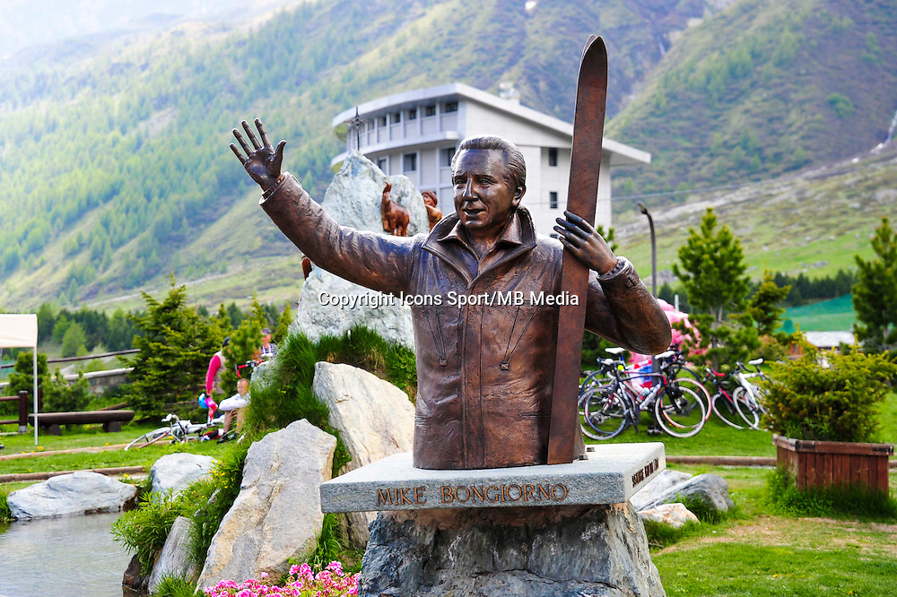 Illustration statut Mike Bongiorno - 29.05.2015 - Tour d'Italie - Etape 19 :  Gravellona Toce / Cervinia<br />