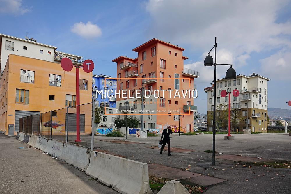 Palazzine dell'ex Villaggio Olimpico occupate da immigrati. Torino 28 ottobre 2016